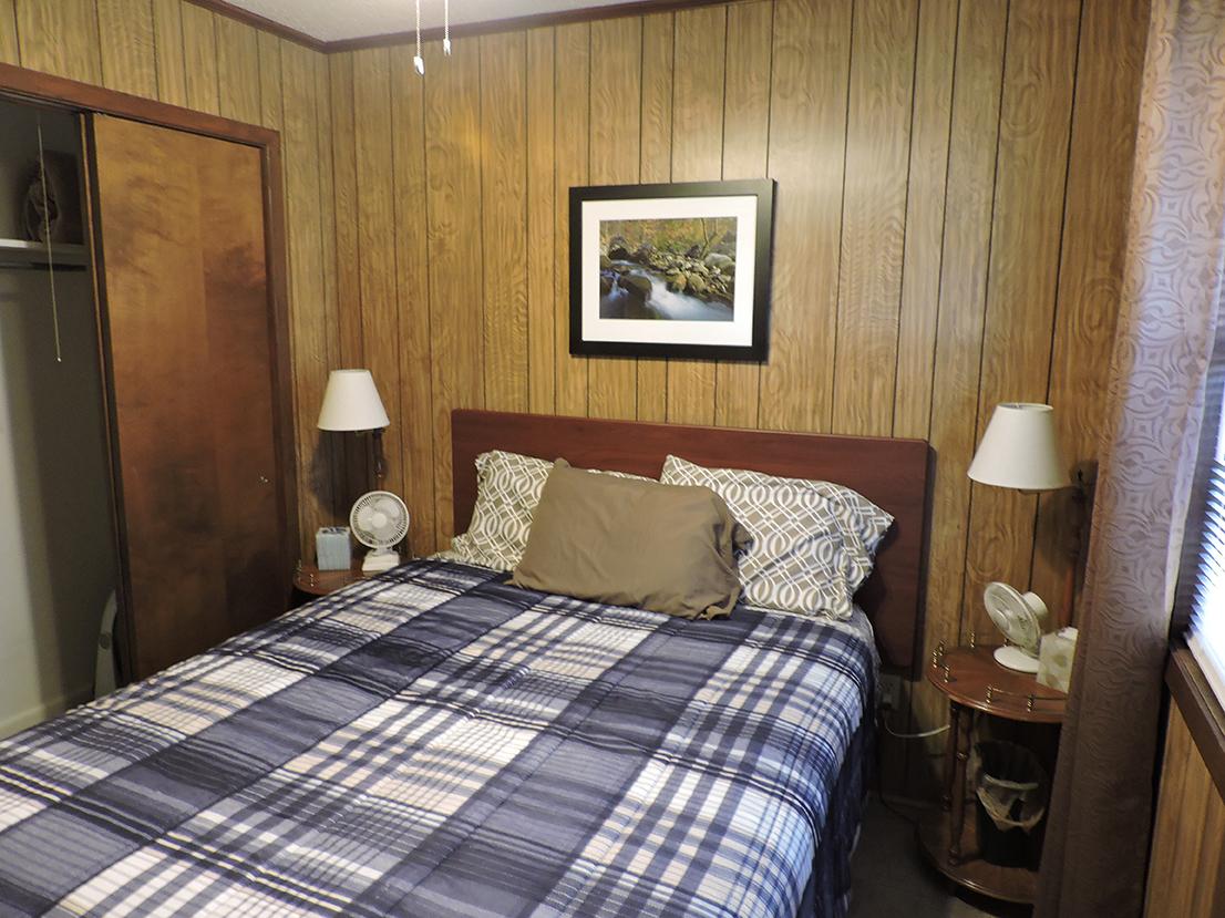 Cottage5bigbedroom2